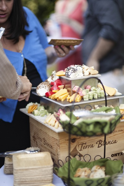 Mini Of Mt Laurel >> Megan & Trevor's Jardin Del Sol August Wedding – Twelve Baskets Catering – Seattle Catering ...